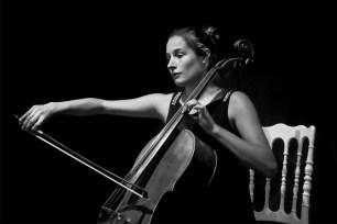 La violoncelliste