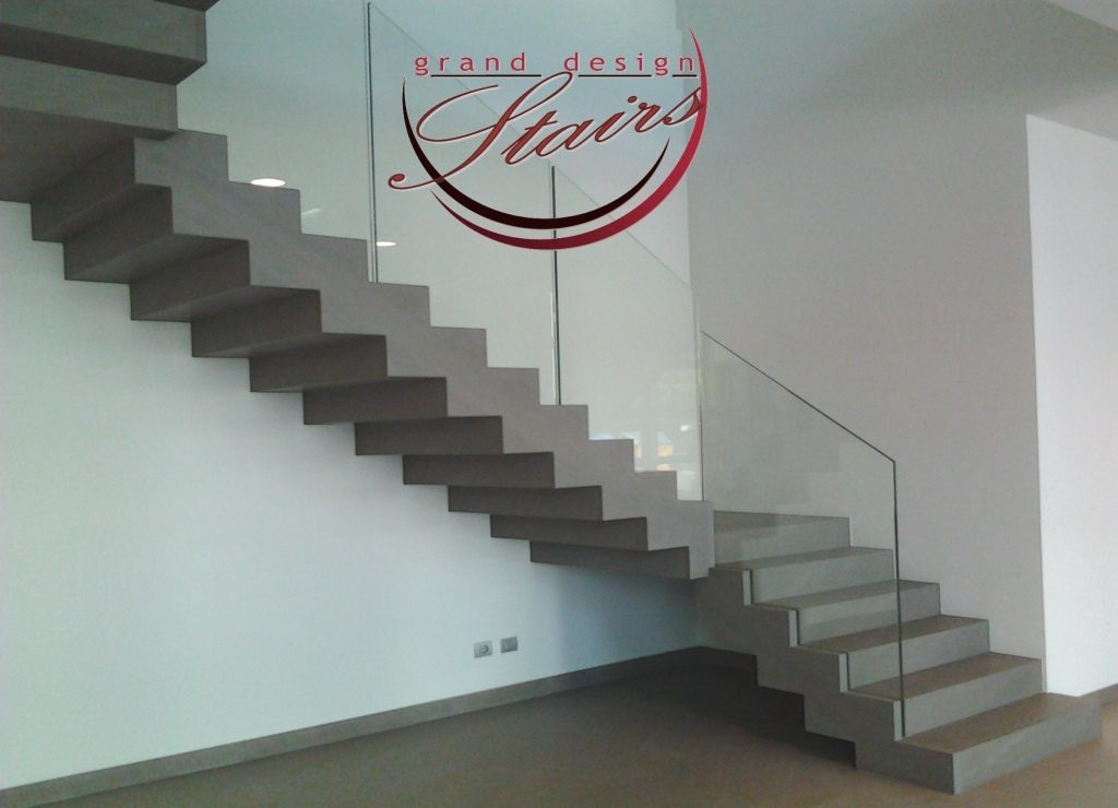 Marble Stairs And Stone Staircases Lifelong Beauty And Elegance   Staircase Steps Granite Design   Italian Marble Step   Elegant   Balcony   Moulding   Small House