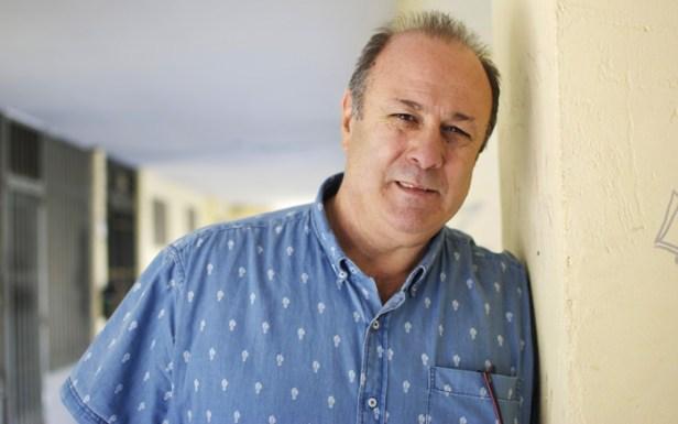 Enrique López García sufre cataplexias provocadas por la narcolepsia
