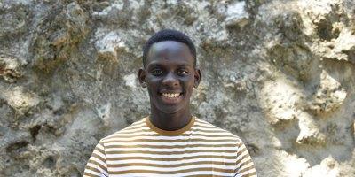 Bachir Samb cuenta su historia entre España y Senegal en Una carta a Adelina