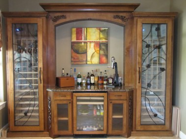 Wine Cabinet with Center Pouring Station and Refridgerator