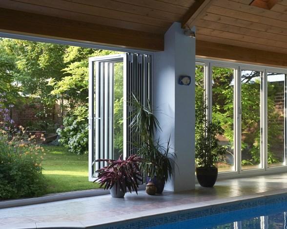 bi-fold-doors-surrey-real-aluminium-1