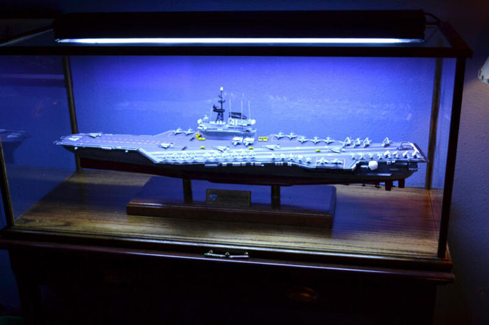 model display kit light