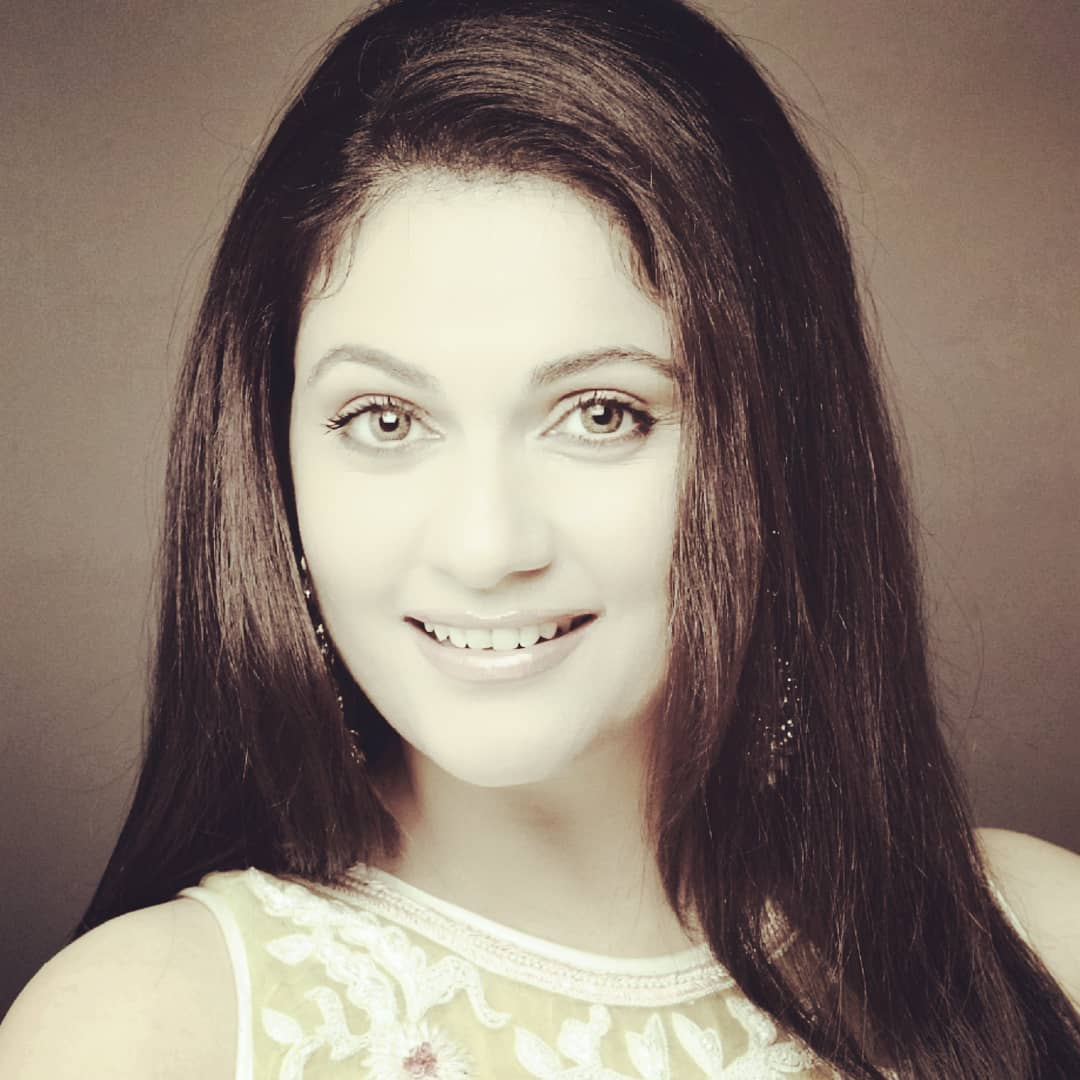 about actress gracy singh