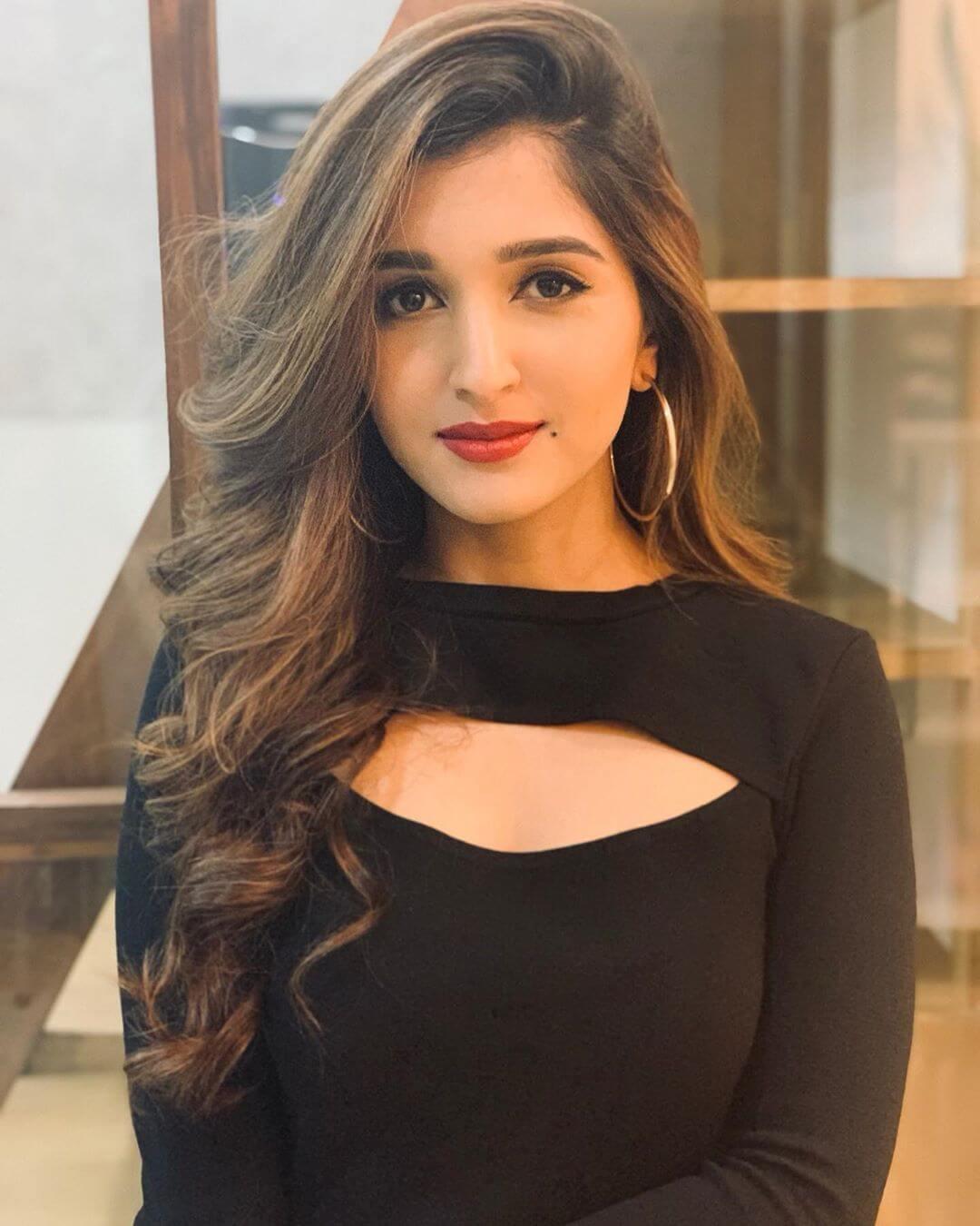 nidhi shah actress kartik purnima