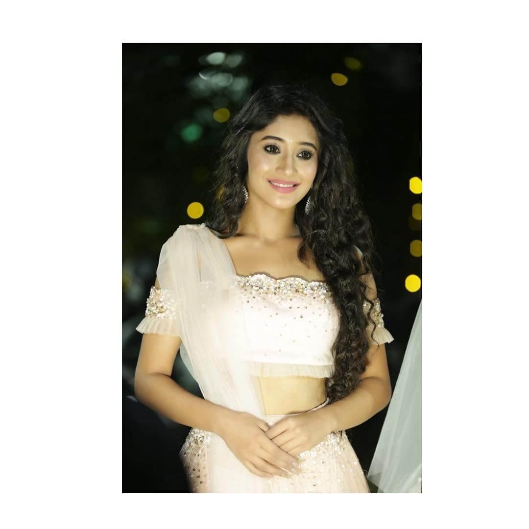 about Shivangi Joshi