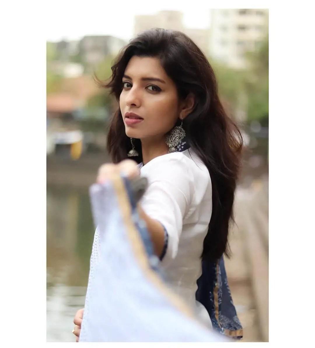Riya Deepsi pics