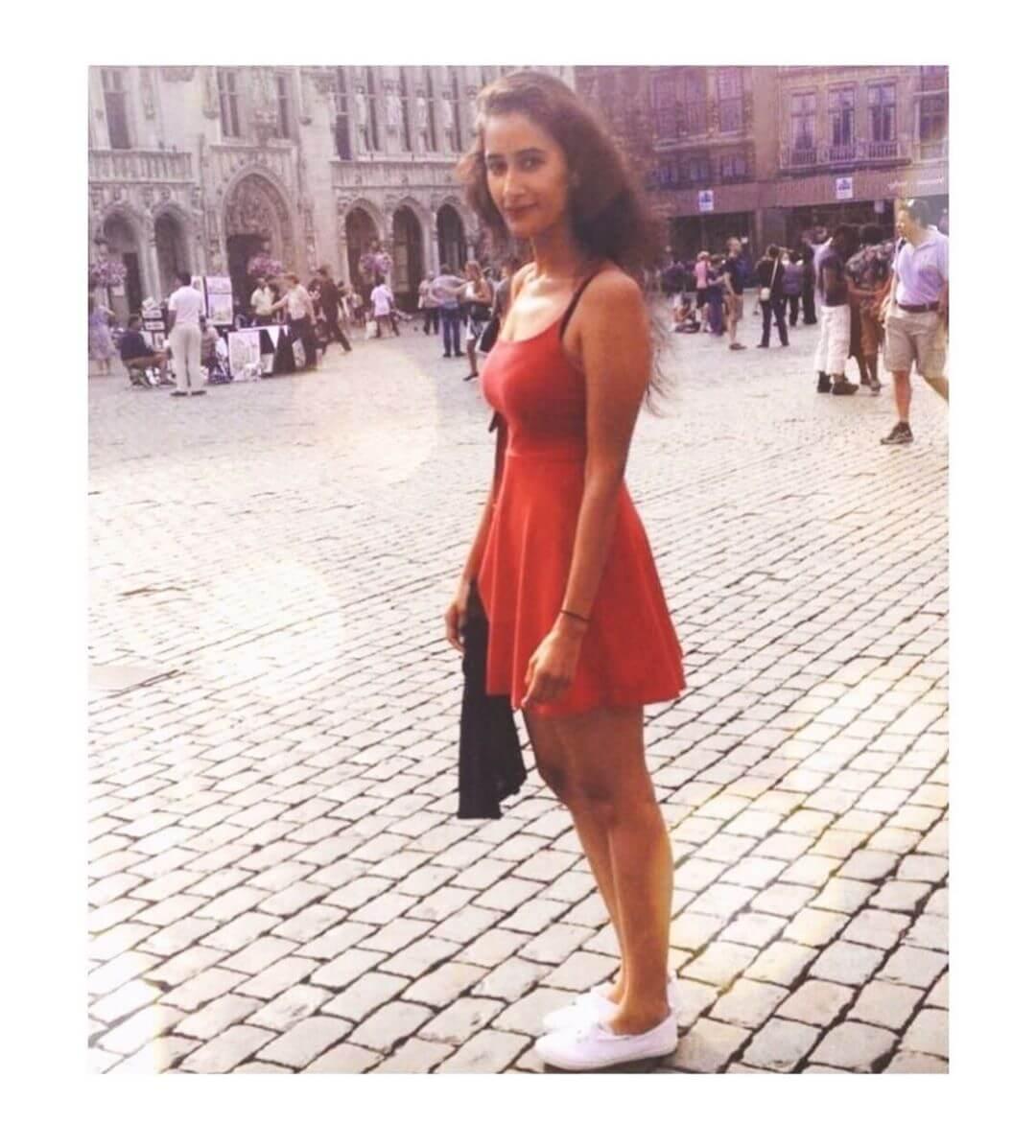 Namita Dubey height