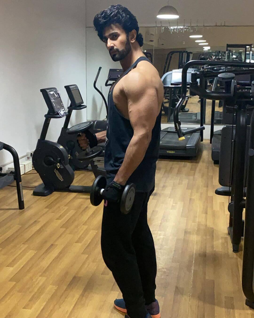 Nishant Singh Malkani height