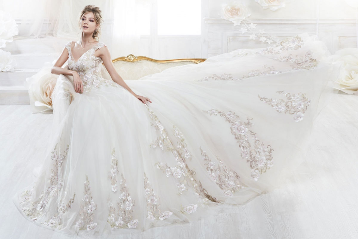 How To Choose Your Stunning Wedding Dress For Your Body Type