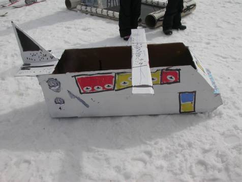 Spring-Skiing-Cardboard-Box-Derby-2014-77