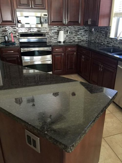 Dark Granite Countertops - Photos of Cabinet Combinations ... on Dark Granite Countertops With Dark Cabinets  id=43037