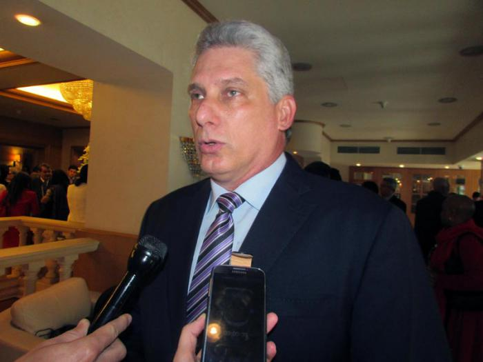 El primer vicepresidente de Cuba, Miguel Díaz-Canel, ofrece declaraciones a Prensa Latina, en el contexto de la II Cumbre de la Comunidad de Estados Latinoamericanos y Caribeños (Celac) y la Unión Europea (UE), en Bruselas. Bélgica