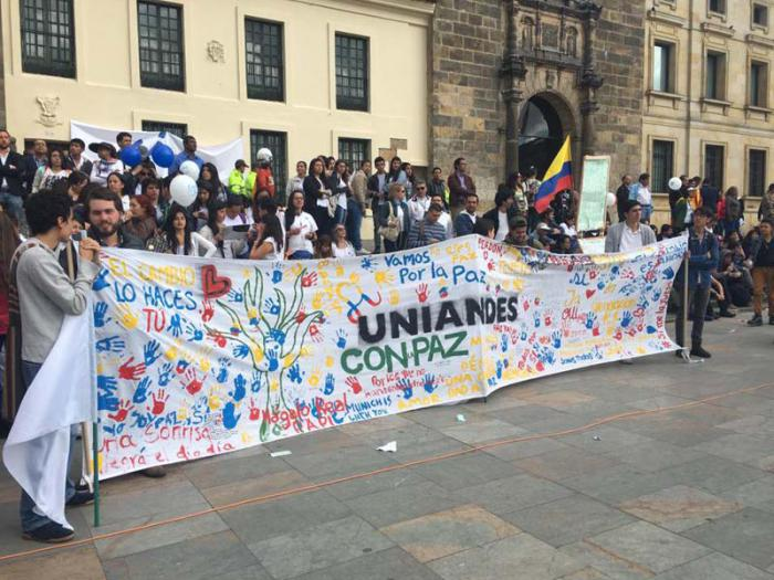 Las partes involucradas en el conflicto insisten en que la paz no está derrotada a pesar de los resultados del plebiscito del 2 de octubre.