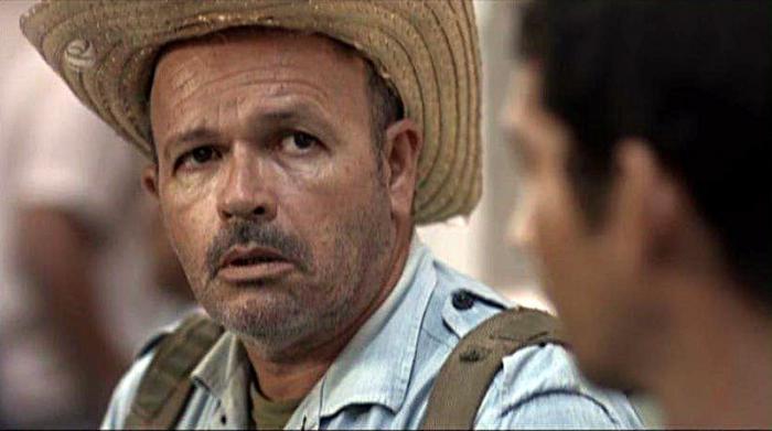 Osvaldo Doimeadiós, como Mongo Castillo. fotos: tomadas del portal de la televisión cubana