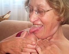 amateur black granny nude