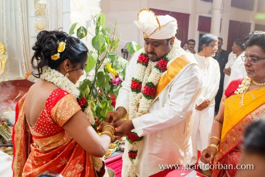 Sri Balathandayuthapani hindu temple wedding rings