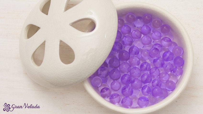 39c2be6f2 A continuación te dejamos los materiales que necesitarás para hacer las  bolitas perfumadas tal y como aparecen en el vídeo.