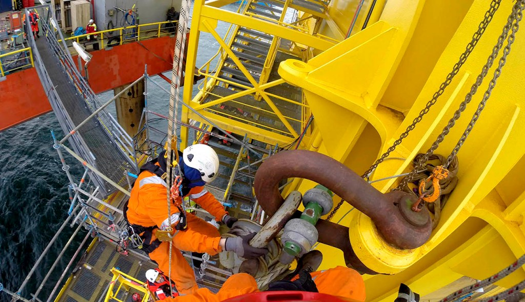 Rope access offshore, trabajos verticales