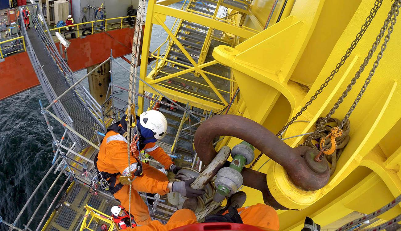 Rope access offshore, trabajos verticales