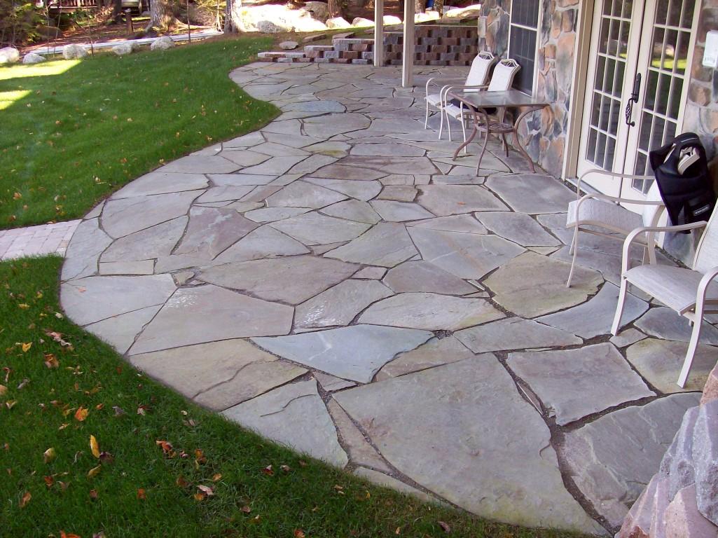 granville-stone-irregular-flagstone-patio - Granville ... on Flagstone Backyard Patio id=17215