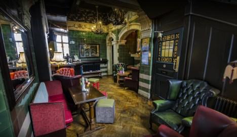 Rose Villa Tavern