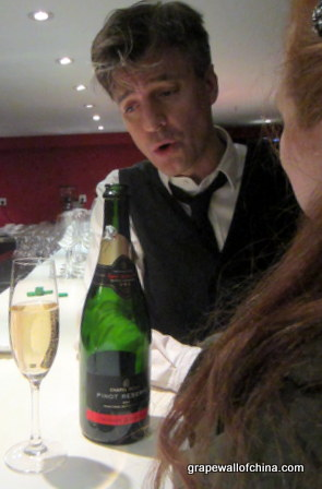 ian burns of beijing beatles and restar with chapel down english sparkling wine at switch new year eve party beijing china (2)