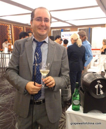 alejandro benitez ruiz venenciador gonzalez byass with croft at wine enthusiast hilton beijing (2)