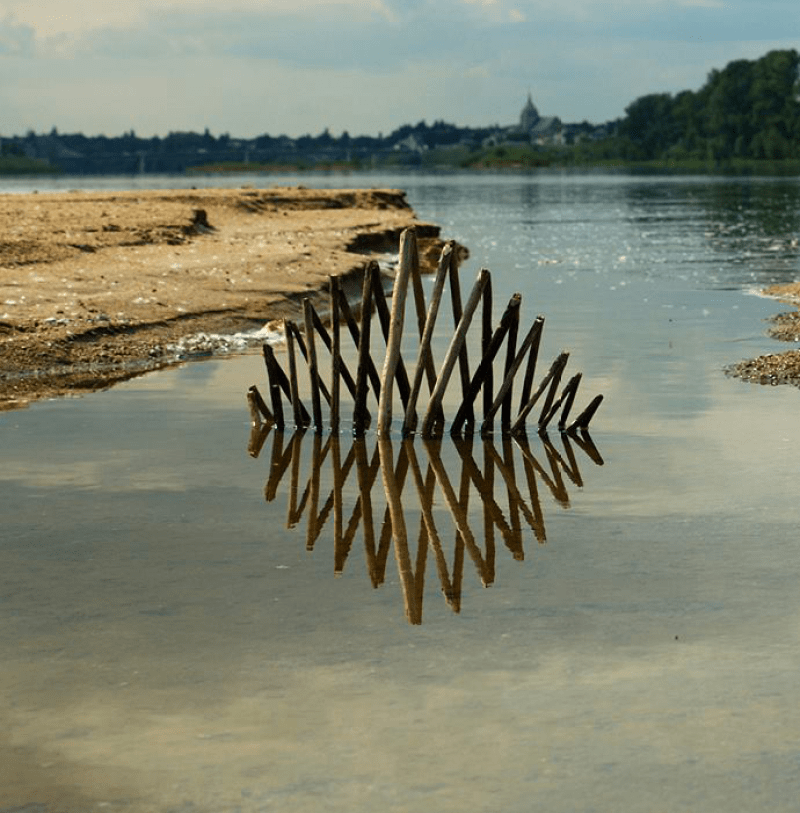 land-art-wood-water