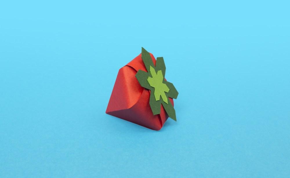 fraise-papier-fruits-diy