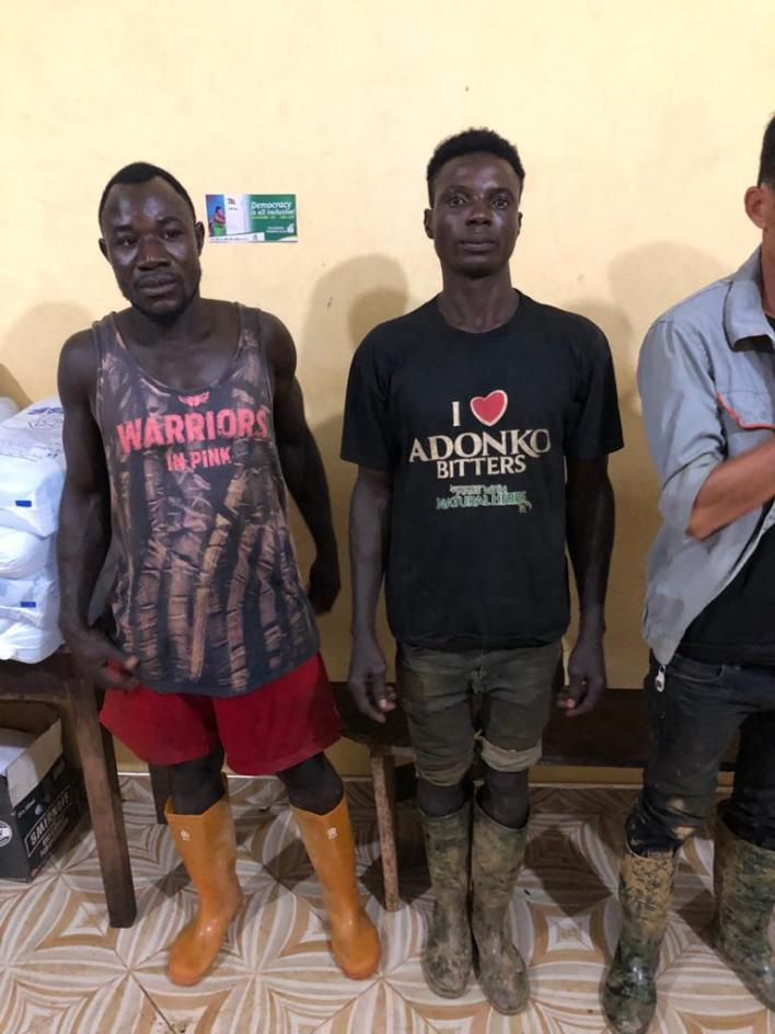 2 Chinese nationals arrested for illegal mining in forest 3