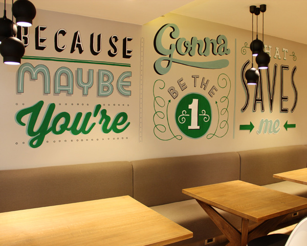 Holiday_Inn_typography_mural_10
