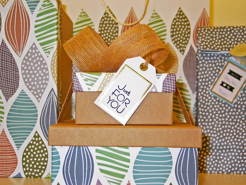 mixed pattern decor idea with birthday background