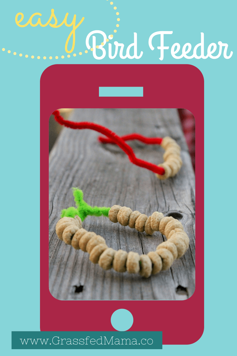 easy craft for preschoolers, easy homemade bird feeder, easy crafts for kids, easy crafts using pipe cleaners, easy crafts using Cheerios