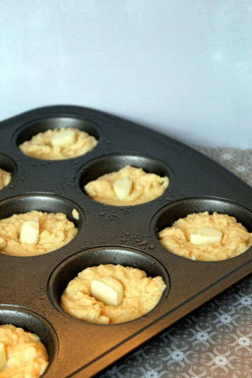 Low Carb Cheese stuffed muffins