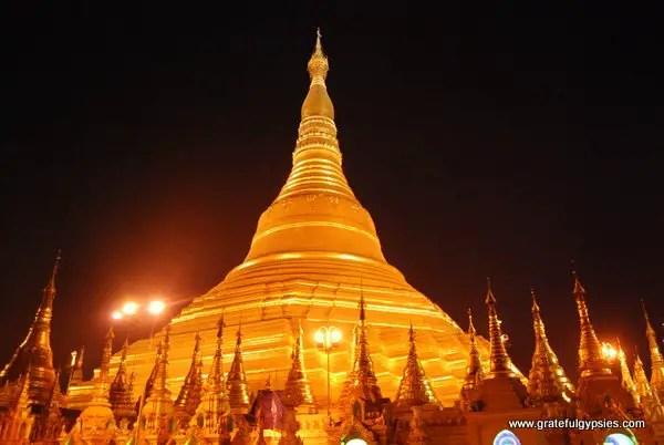 Beautiful Shwedagon Pagoda.