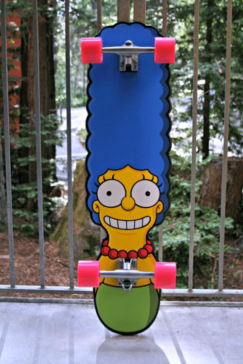 Marge-Simpson-Skateboard
