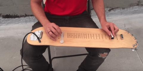 Lap Skate Guitar...Tocate un blues