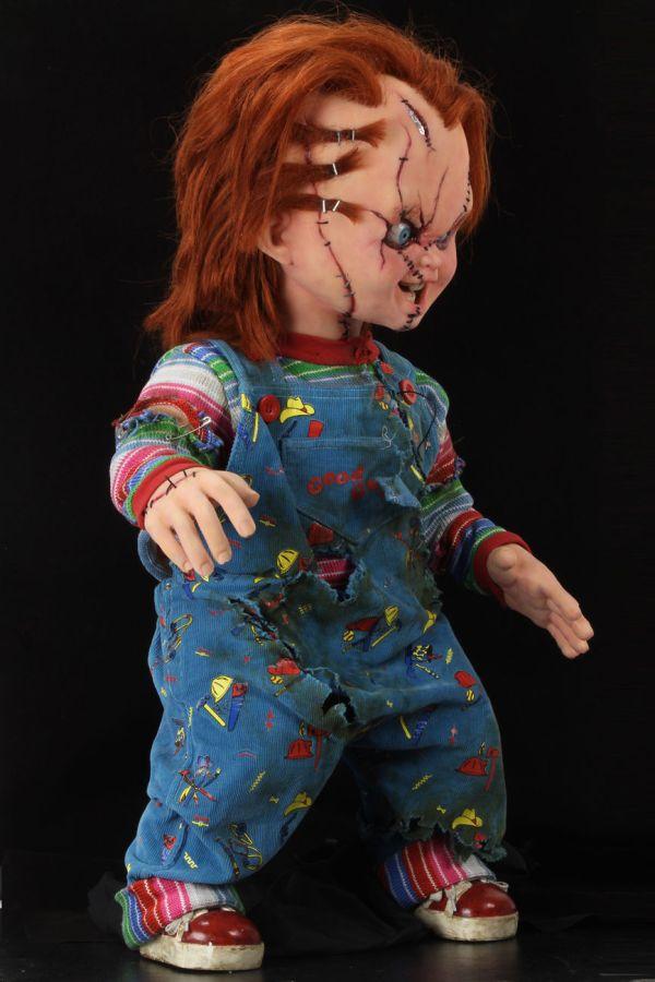 NECA Toys' Child's Play Bride of Chucky Chucky life-size 1:1 scale replica.