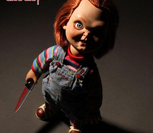 Mezco Toyz Child's Play Sneering Chucky 15-inch Talking Doll