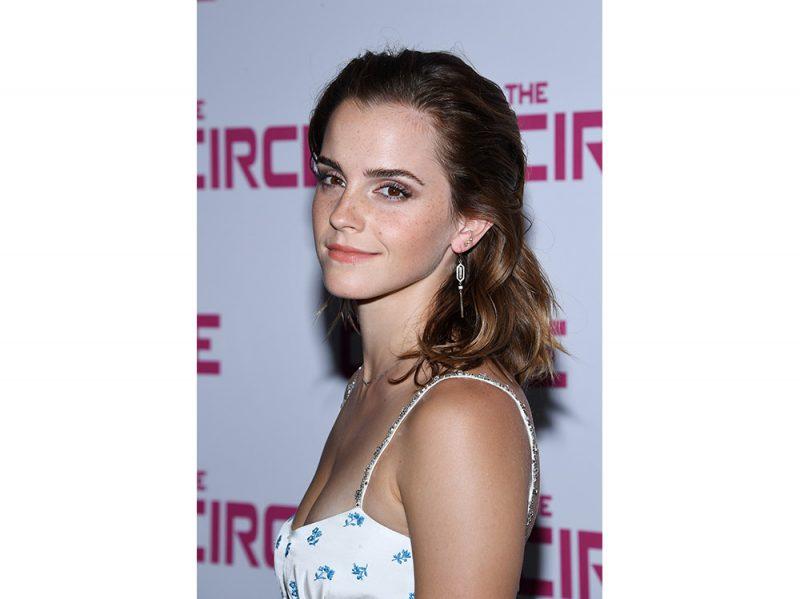 capelli castani delle star Emma Watson