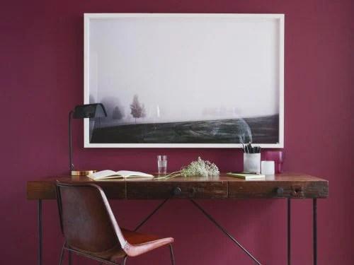 Il tono acceso di questo colore difficilmente vi farà pensare di dipingere tutte le pareti della casa. Guida Colore 2018 7 Colori Per Dipingere Le Pareti Di Casa Grazia It