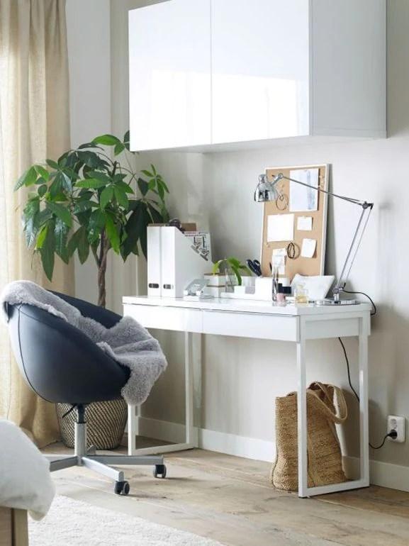 Per mangiare, studiare, dipingere, giocare o rilassarsi, il supporto per pc portatile björkåsen è versatile proprio come te. Scrivania Ikea 8 Modelli Perfetti Per L Ufficio Casalingo