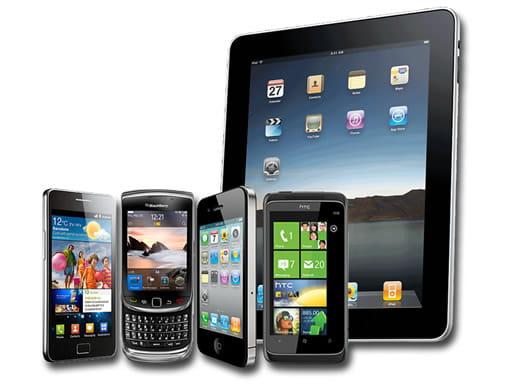 スマートフォンやタブレットで快適にプレイが可能