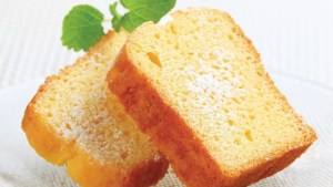 Old-Fashioned Sour Cream Pound Cake Recipe