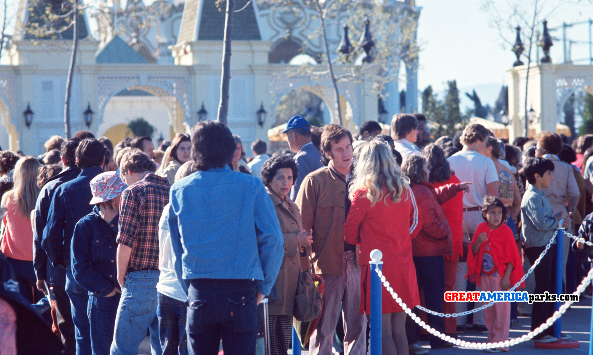 Crowds eagerly await opening day at Marriott's Great America, Santa Clara, CA on the morning of March 20, 1976.