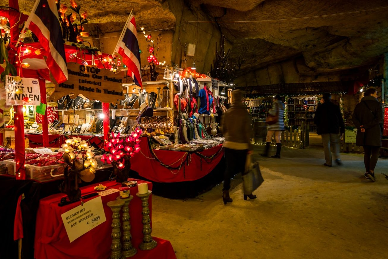 The Magical Caves Of Valkenburg Glittering Christmas Markets
