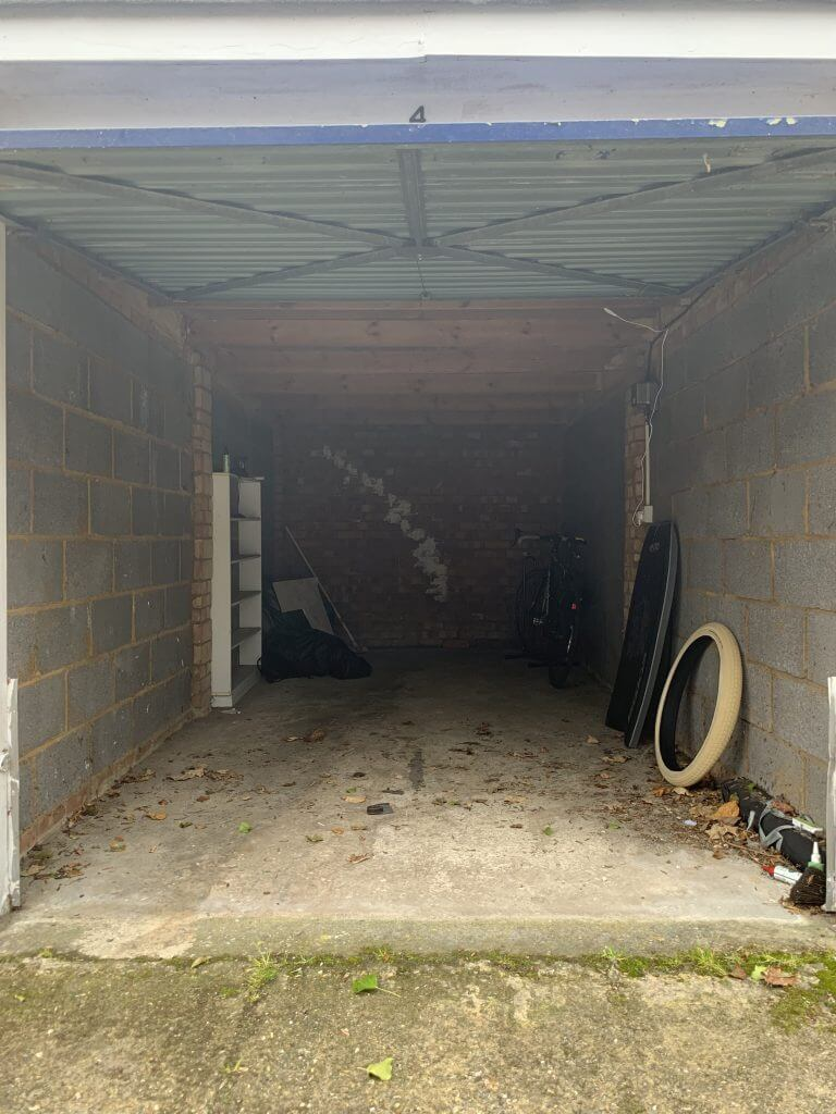 Garage Space For Rent using Stashbee