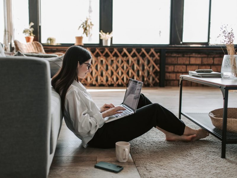 5 online side hustles to boost your income in 2021