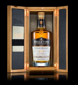 Midleton Very Rare Vintage Selection 2017 with box open